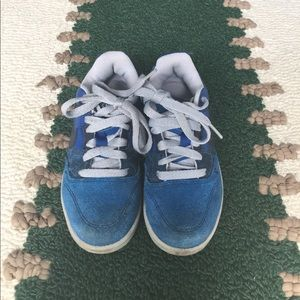 GUC boys size 11 1/2 Nike sneakers blue suede